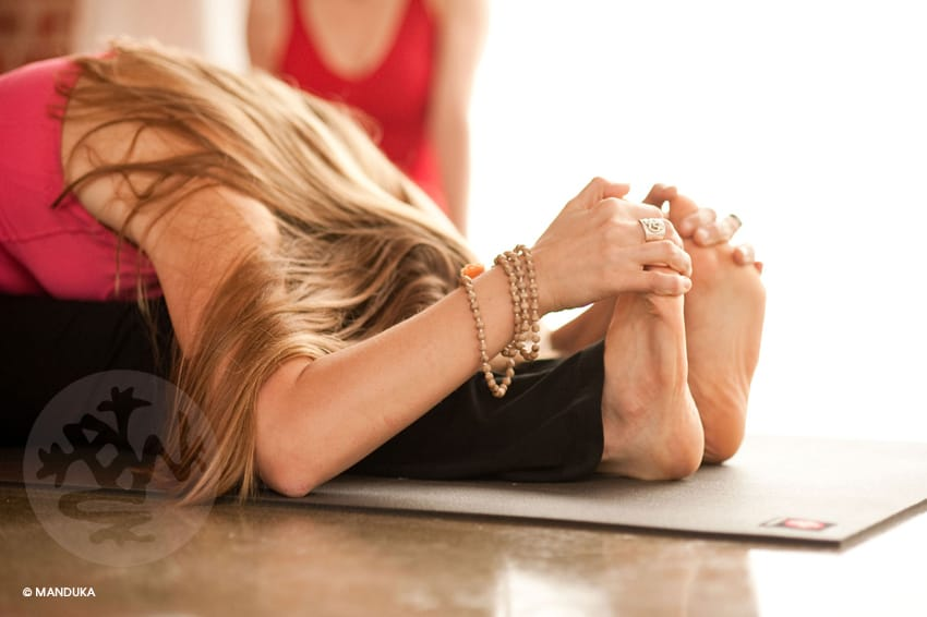 Yogamatta - 4 saker att tänka på vid köp av yogamatta