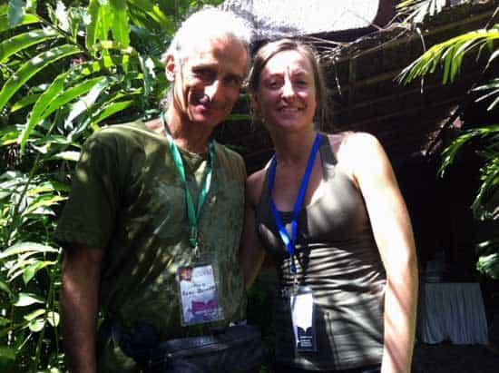 Simon Borg Olivier på Bali Spirit Yoga Festival och Leia