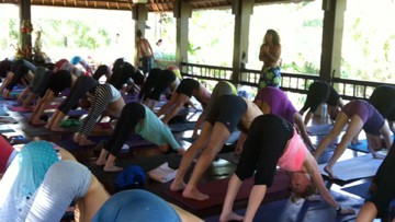 Yoga med Danny Paradise