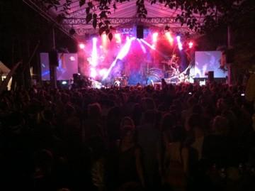 Konsert med gruppen OKA på Bali Spirit Festival