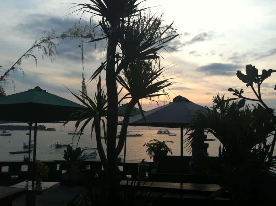 Utsikten från min yogamatta på Nusa Lembongan