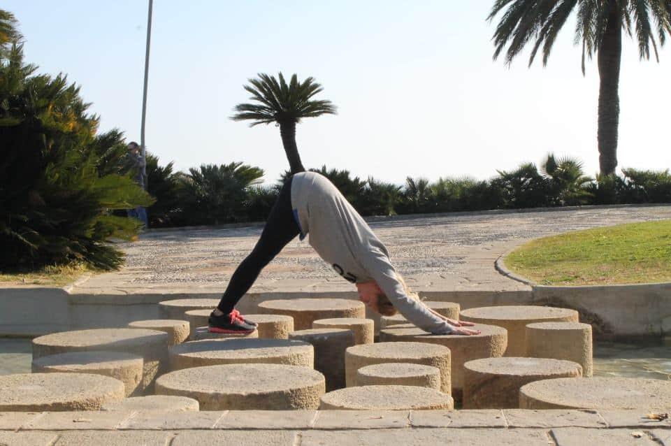Gratis yoga i Slottsskogen med Johanna och Global Yoga lärare