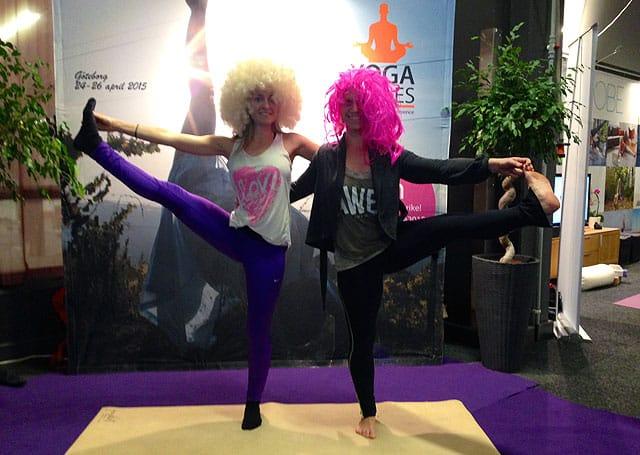 Leia och Lotta på Yoga Games