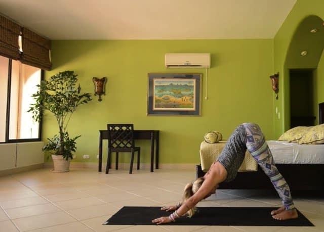 5 minuter morgonyoga med Yoga Girl