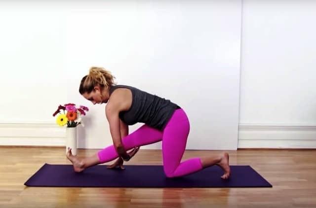 Yoga för höfterna med Johanna Andersson
