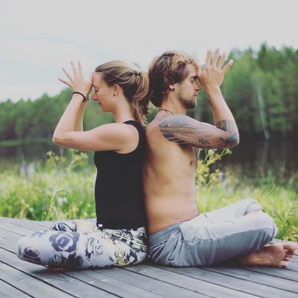 Lisa och Narenzo finns nu i Malmö om du vill yoga med de.