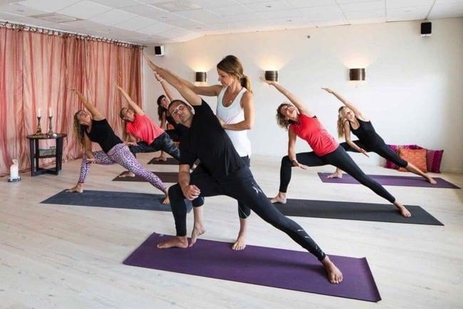 Veckans yogalärare Camilla Bergström driver yogastudion Yogaroom i Kungsbacka.