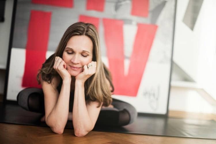 Yogaläraren Anna Hultman. Foto: Peter Rutherhagen