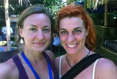 Leia och Petra, två svenska yogisar på Bali Spirit Festival