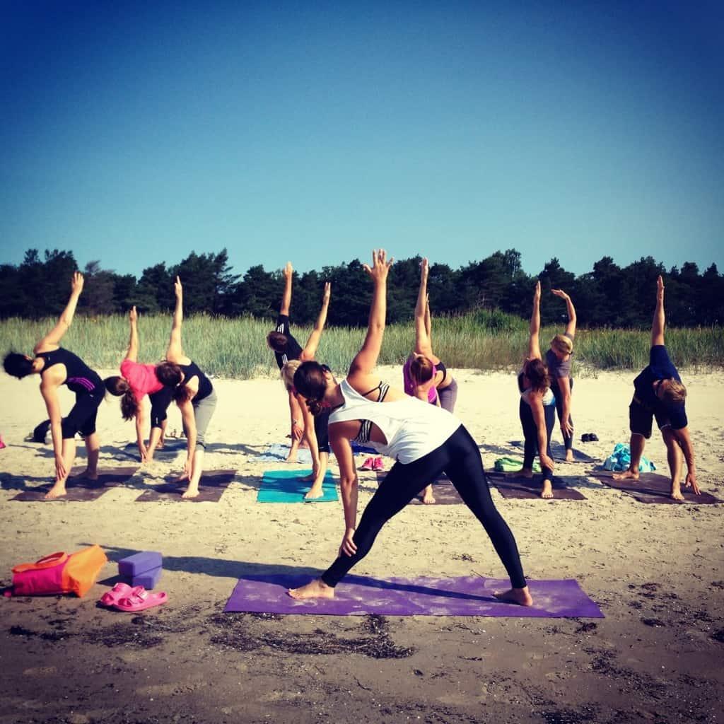 Yoga på GotlaYoga på Gotland med Martina Cederqvist.