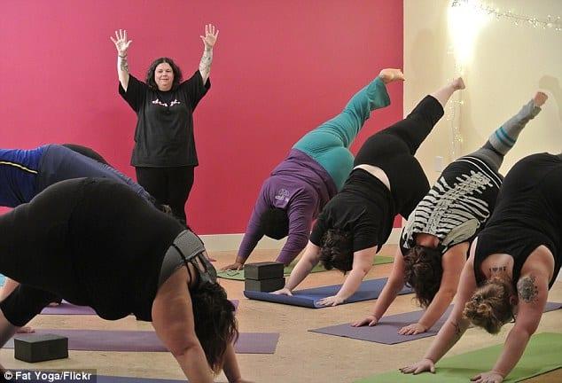 Yoga för de med större kroppar. Foto. Fat Yoga Flickr.