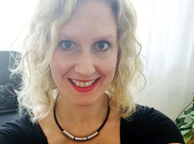 Sofie Wiklund har skrivit en bok som handlar om ledarskap och yoga