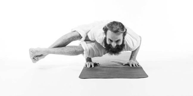 Yogaläraren Anders Asker