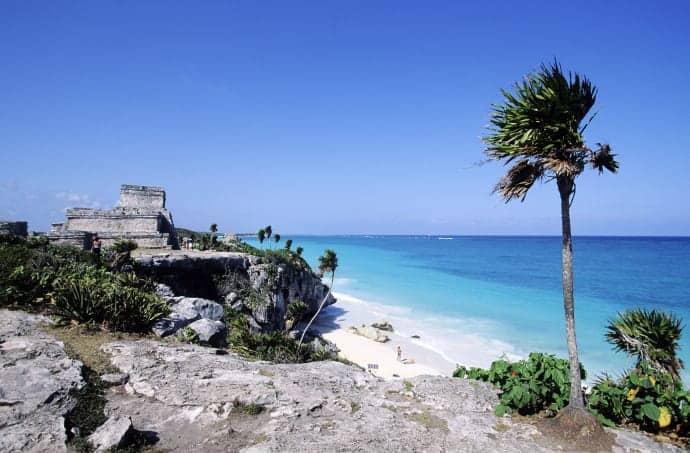 Mexiko bjuder på vita stränder och spännande dykning. Foto: Alamy.