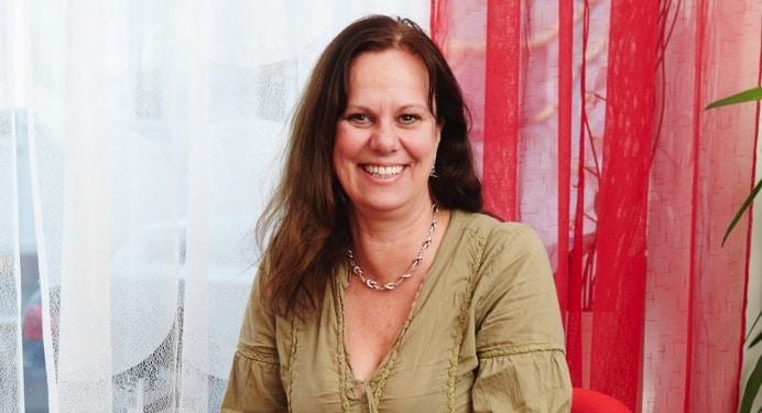 Smyckesdesignern och yogin Pia Bohlin