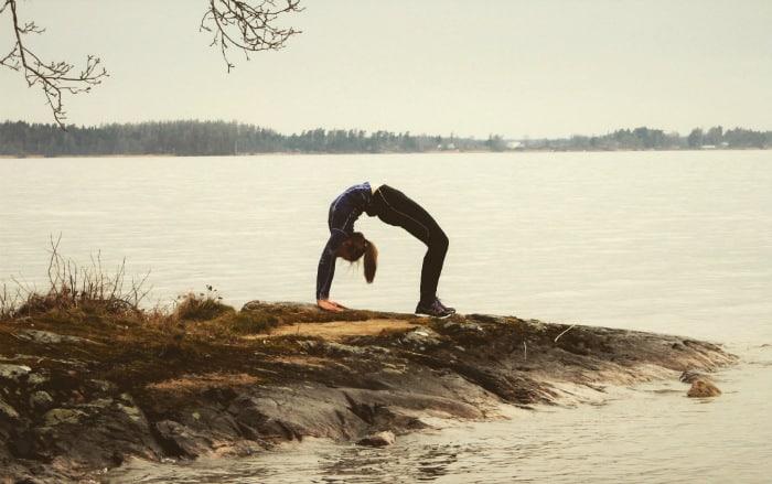 AnnaClara Forss berättar hur hon applicerar yogan på skidskytte