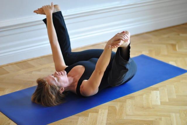 Yin yogaövningar för ländryggen